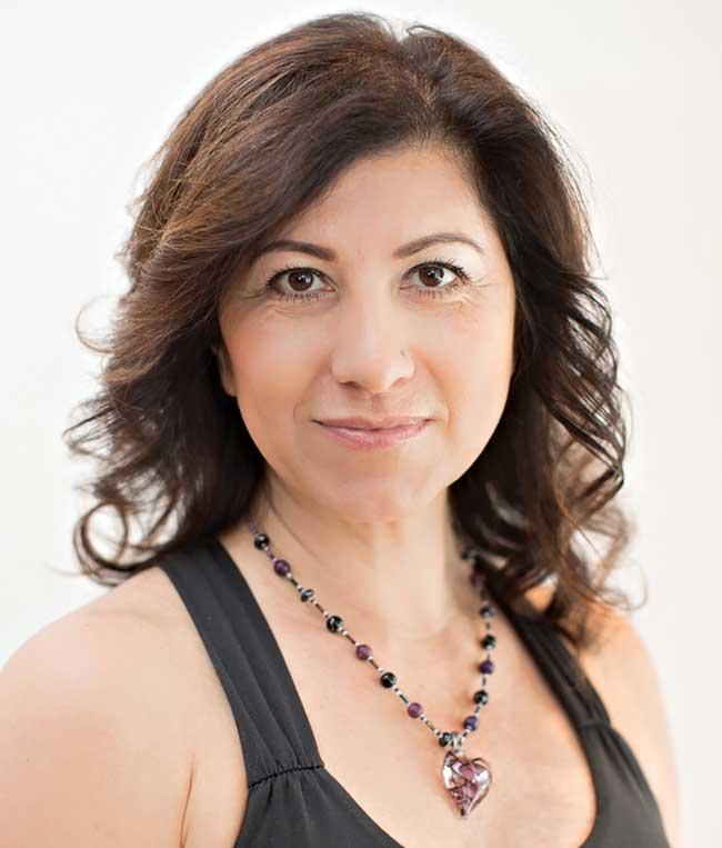 Patricia Elwing headshot
